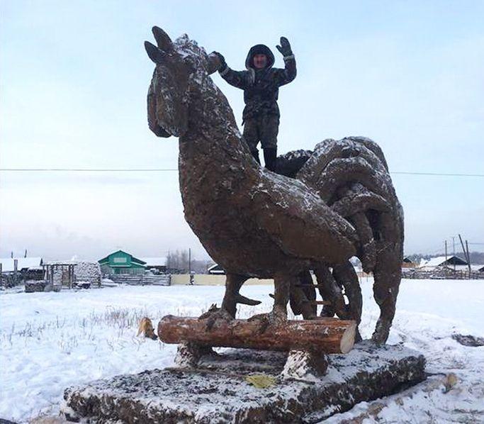 Якутский скульптор по навозу и его новый арт-объект