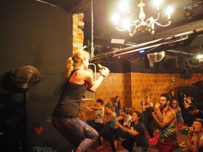 Пивная йога набирает популярность