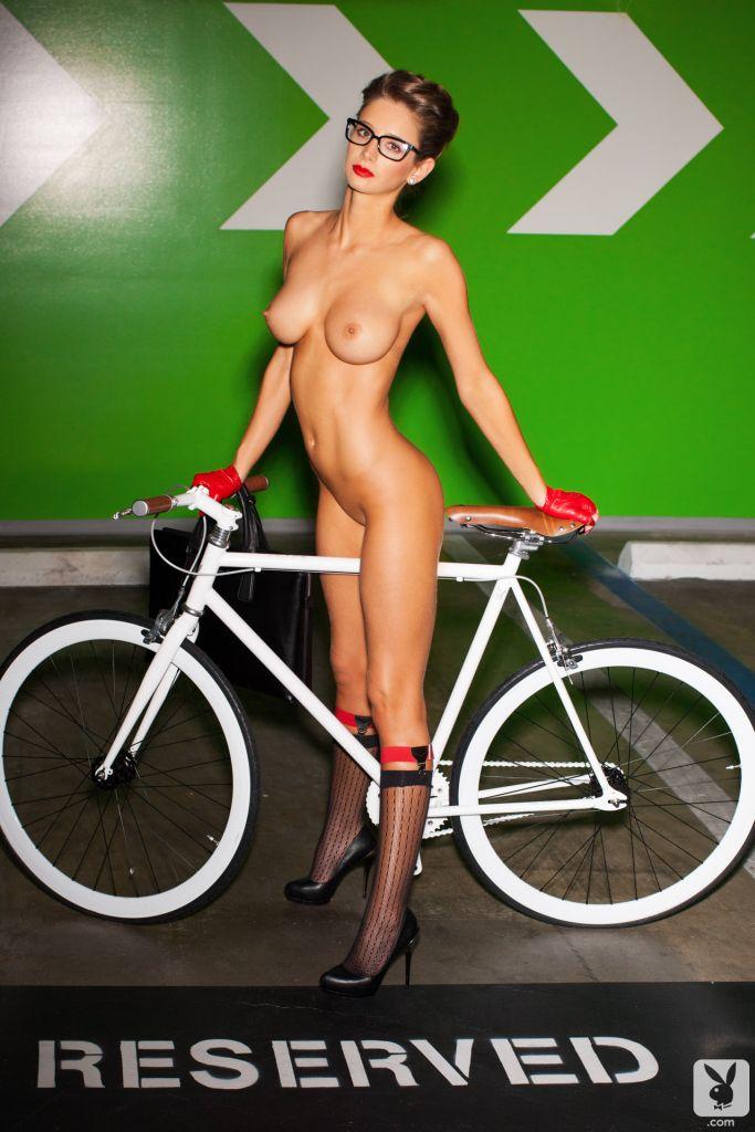 Раскрываем тему одного очень интересного велосипеда