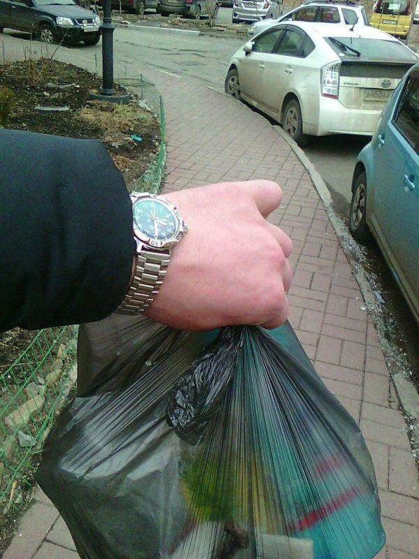 Когда ненавязчиво хочешь показать свои новые часы