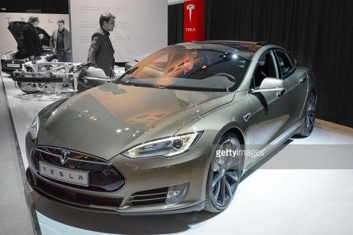 """""""Дорогая Tesla!"""" или О реальной цене электромобилей Тесла для избранных"""
