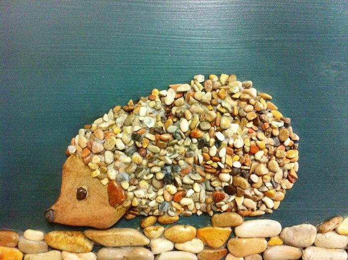 Мозаики из пляжных камушков