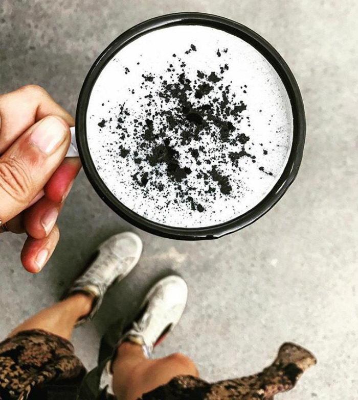 Готический латте: новый напиток, завоевавший весь мир