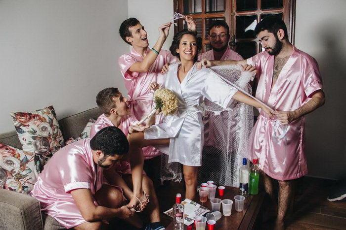 Невеста устроила девичник с мужчинами