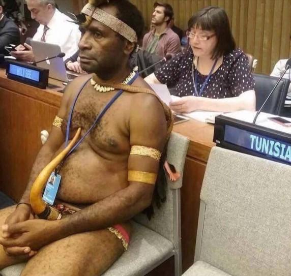 Посол-папуас отличился на саммите ООН