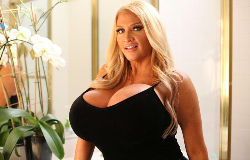 Очень большие груди секс видео сегодня