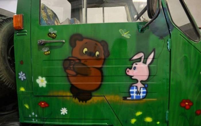 Необычная раскраска маленького грузовичка из Перми