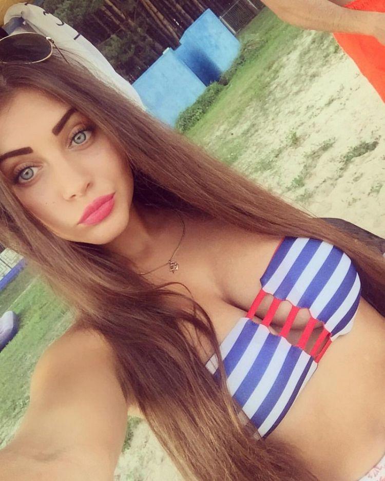 Милые девушки из социальных сетей