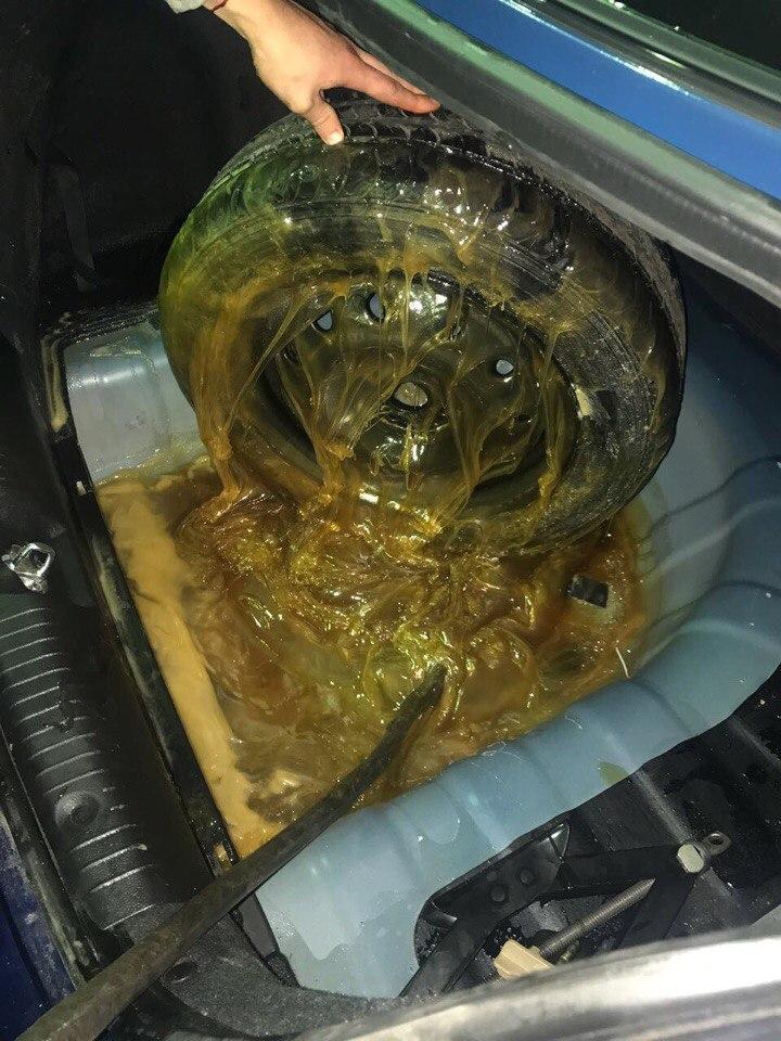 Мед в багажнике