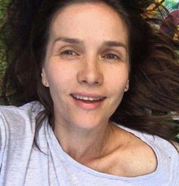 Звезда сериала «Дикий ангел» Наталья Орейро опубликовала селфи без макияжа