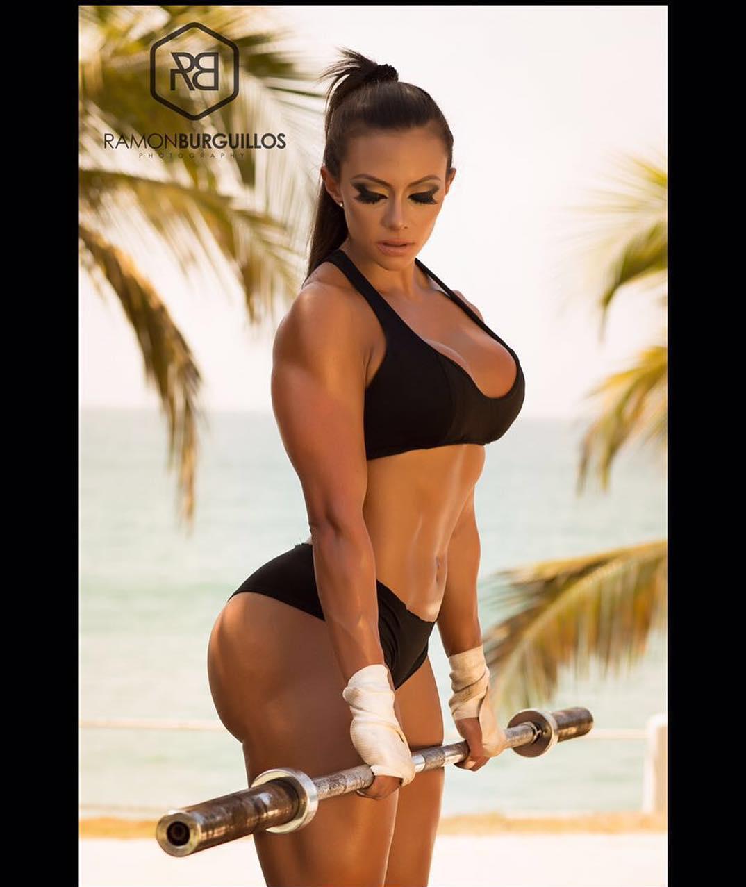 Инструктор из Майами обещает прокачать за год любую женщину