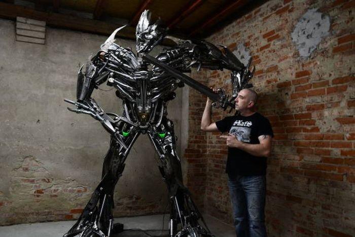 Роботы из металлолома от Себастьяна Кухарского