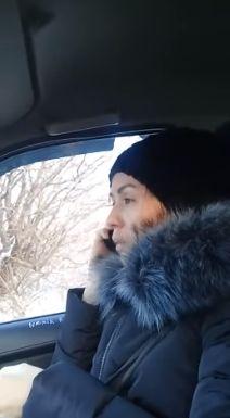 Таксист сдачу не отдает
