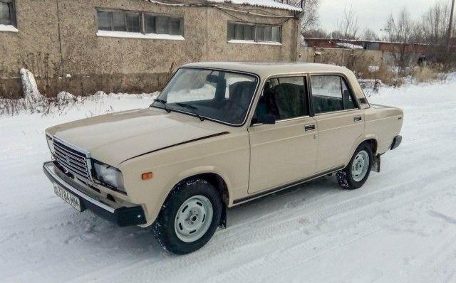 ВАЗ-2107 с пробегом 220 км