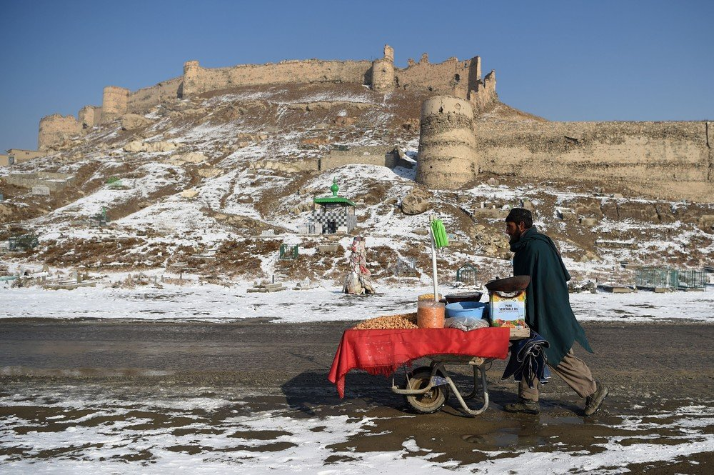 бугорки, афганистан фото туристов мать отчим