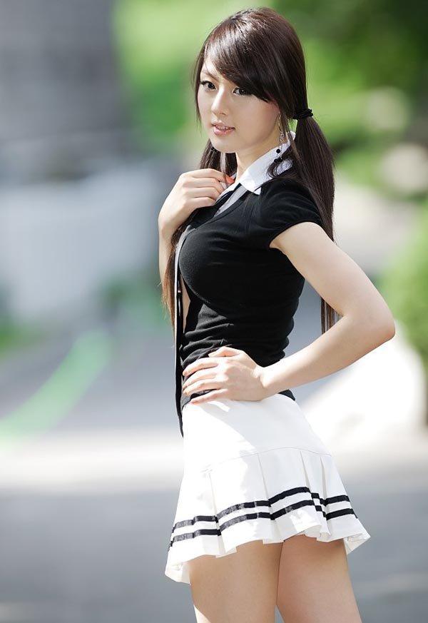 Сексуальные Кореянки В Юбках