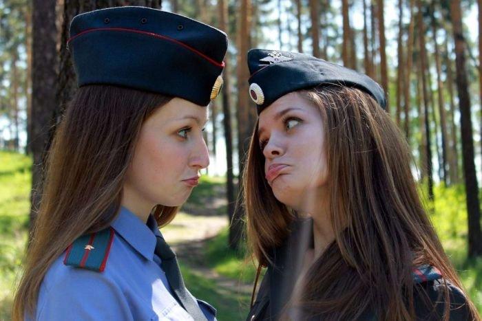 Очаровательные сотрудницы МВД России