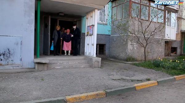 Квартира керченской пенсионерки ужаснула волонтеров