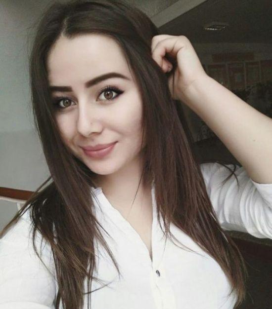 Симпатичные девушки с натуральной красотой