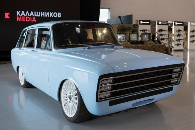 """Концерн """"Калашников"""" представил концепт электромобиля на базе ИЖ """"Комби"""""""