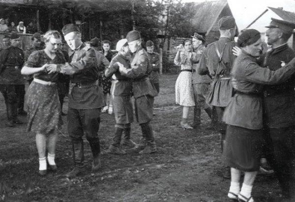 Зачем солдатам Советской армии добавляли в еду бром: откуда пошли подобные домыслы