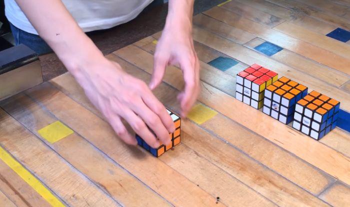 Роботизированный кубик Рубика, собирающий сам себя