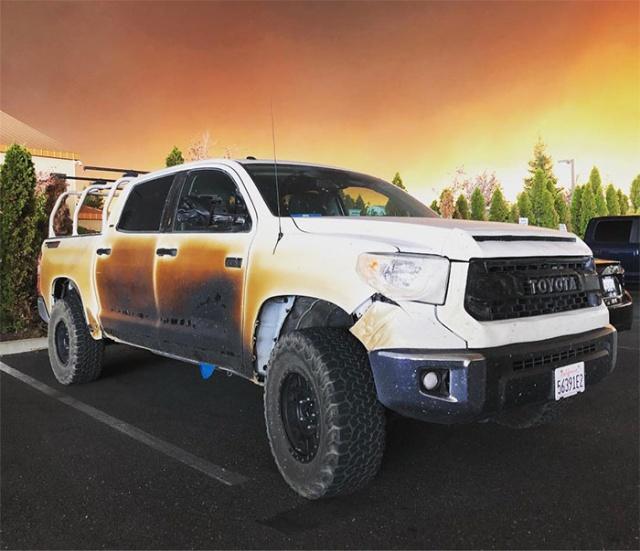 Автомобиль медбрата из Калифорнии, который спас множество жизней во время пожара
