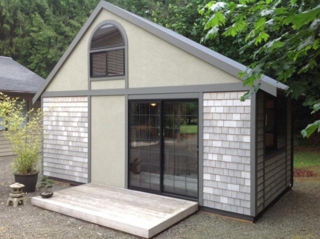 Компактный домик с площадью всего в 18 кв.м.
