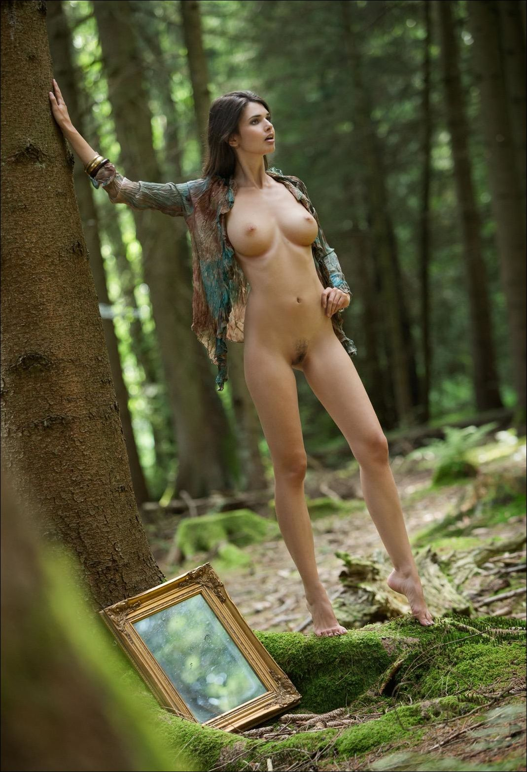 Грудастую в лесу — pic 7