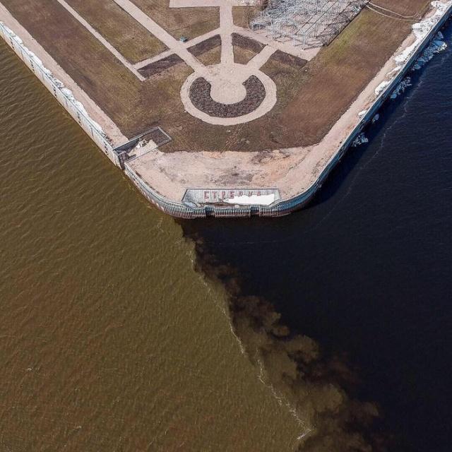 Слияние рек в Нижнем Новгороде