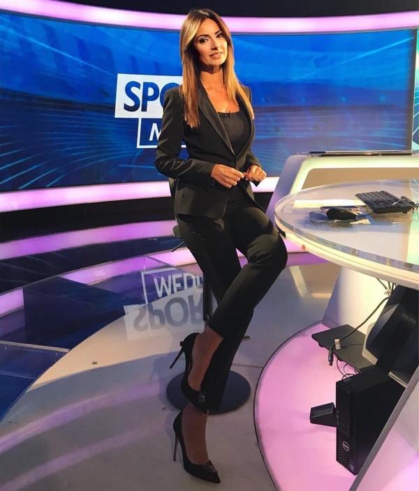 Моника Бертини - самая горячая итальянская журналистка Всячина