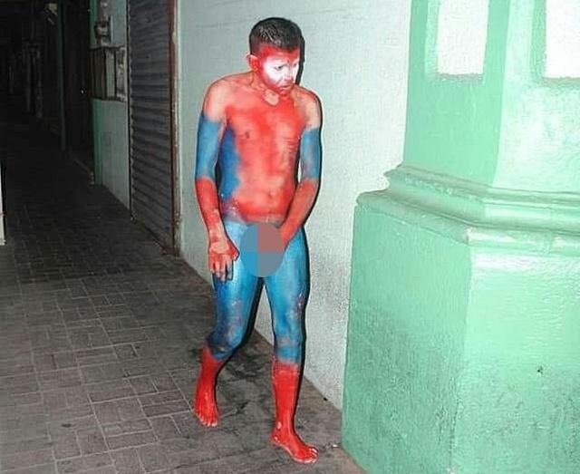 """Мексиканский наркокартель """"раскрасил"""" людей под супергероев из """"Мстителей"""" Всячина"""