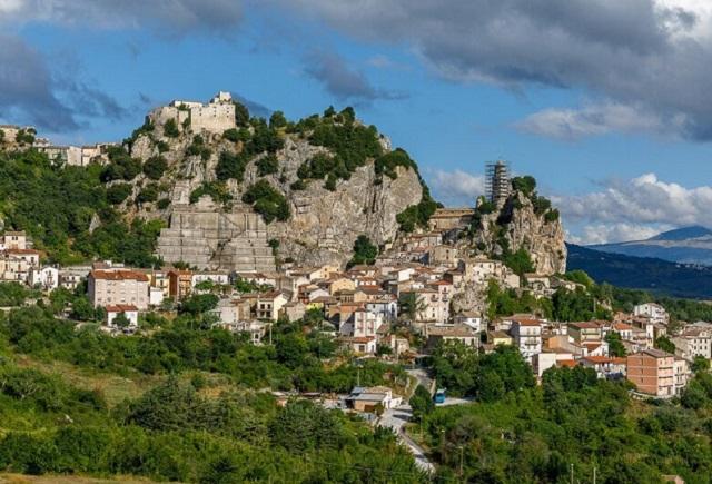 Молизе - маленький рай в Италии, в котором людям платят за то, что они там живут Всячина