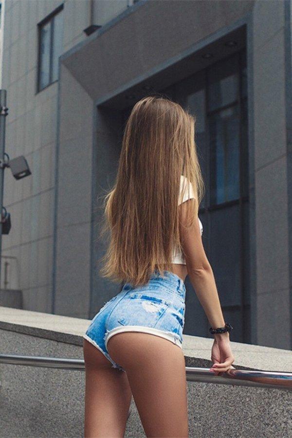 Девушки. Вид со спины Всячина