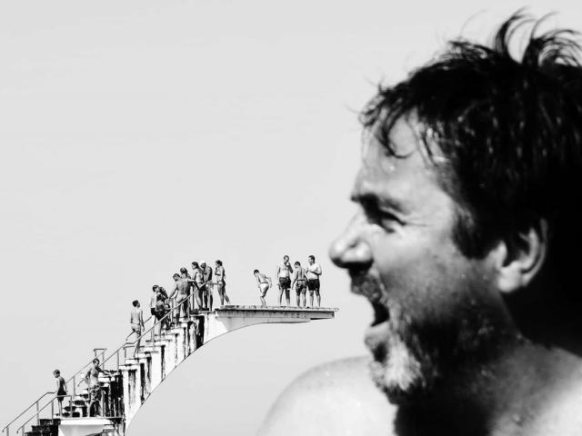 Фотограф из Греции делает снимки, где главным героем является совпадение Всячина