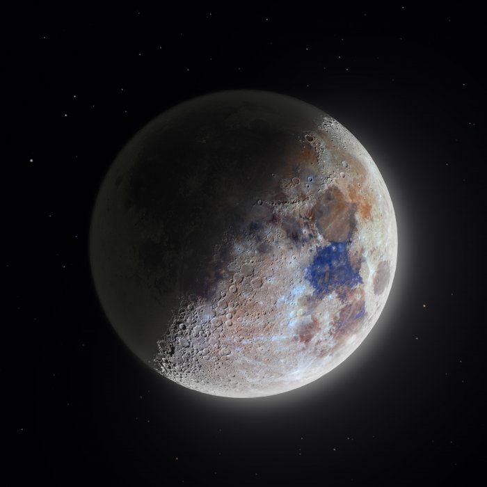 Цветная фотография Луны