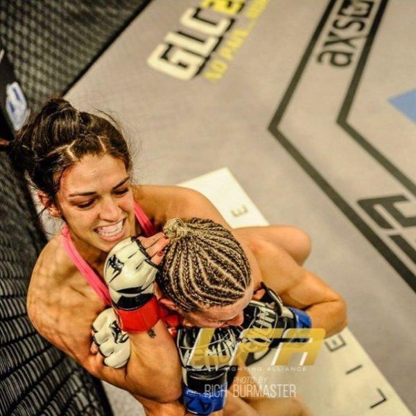 Маккензи Дерн - Боец UFC и по совместительству МИЛФ Всячина