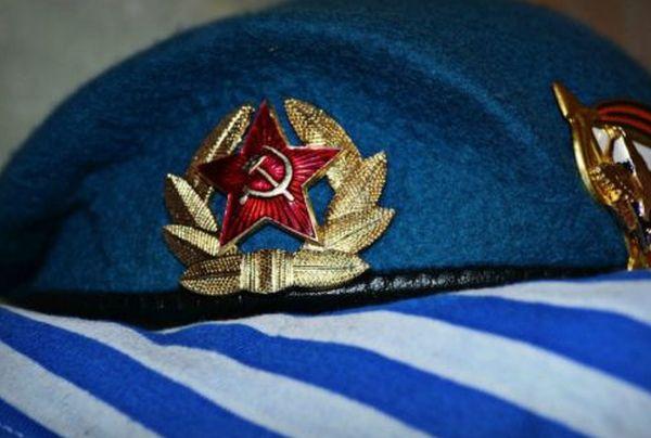 Сказ о советском детстве, десантнике и одной пустой бутылке