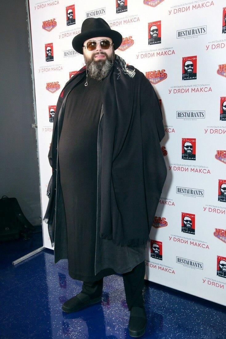 Известный российский продюсер похудел на сто килограмм