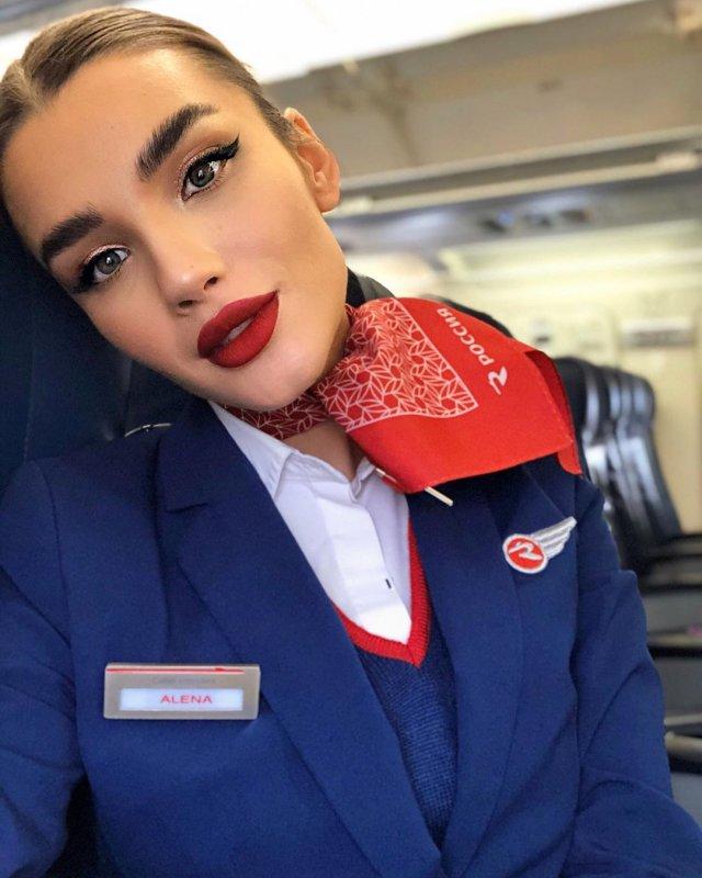 Самая красивая стюардесса России - Алена Глухова Всячина