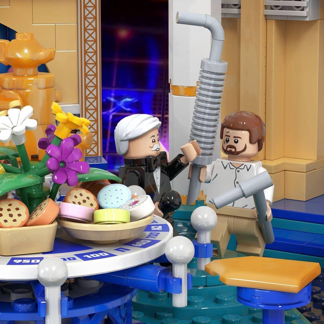 Крутите барабан»: художник из Петербурга создал LEGO с Якубовичем evergreen,Всячина